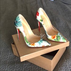 Floral mosaic So Kate Louboutin